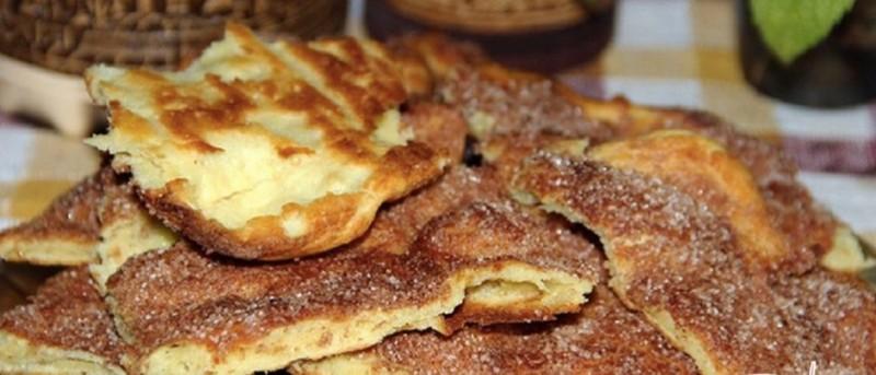 Vynikající tradiční skořicový koláč ze Španělska recept