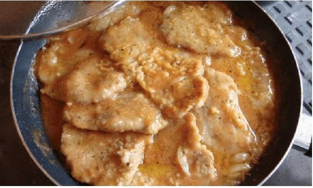 Marinované kuřecí řízky na česneku na pečení nebo smažení recept