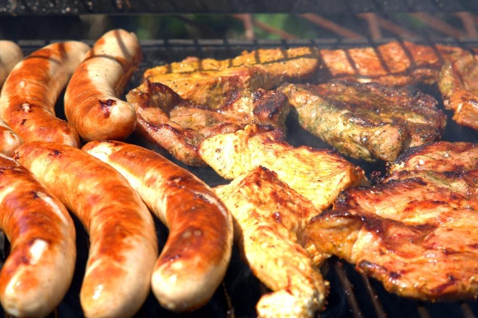 Bylinkové marinády jsou základem přípravy na grilování. Letní sezóna právě začíná!
