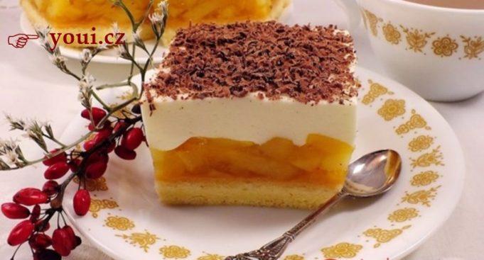 Královský jablečný koláč: Toto je klenot každé rodinné oslavy – nejlepší jablečný zákusek, jaký ochutnáte!