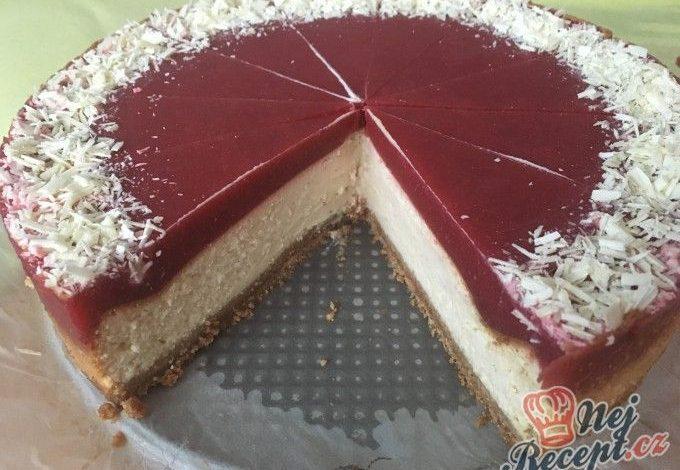 Cheesecake s bílou čokoládou a jahodovým želé