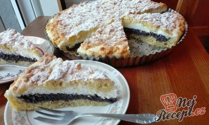 Strouhaný makový koláč s tvarohem