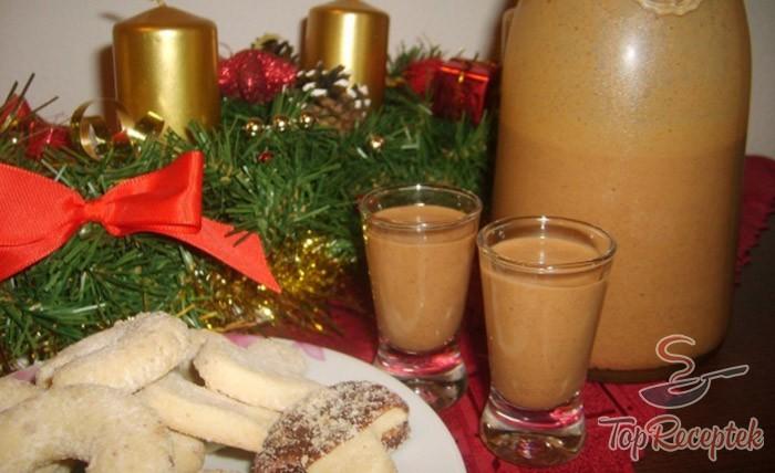 Perníkový vánoční likér