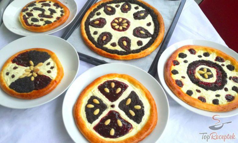 Valašské koláče s tvarohem, mákem a povidly