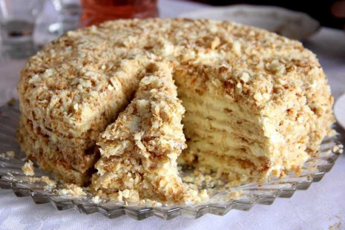 Medový napoleon dort