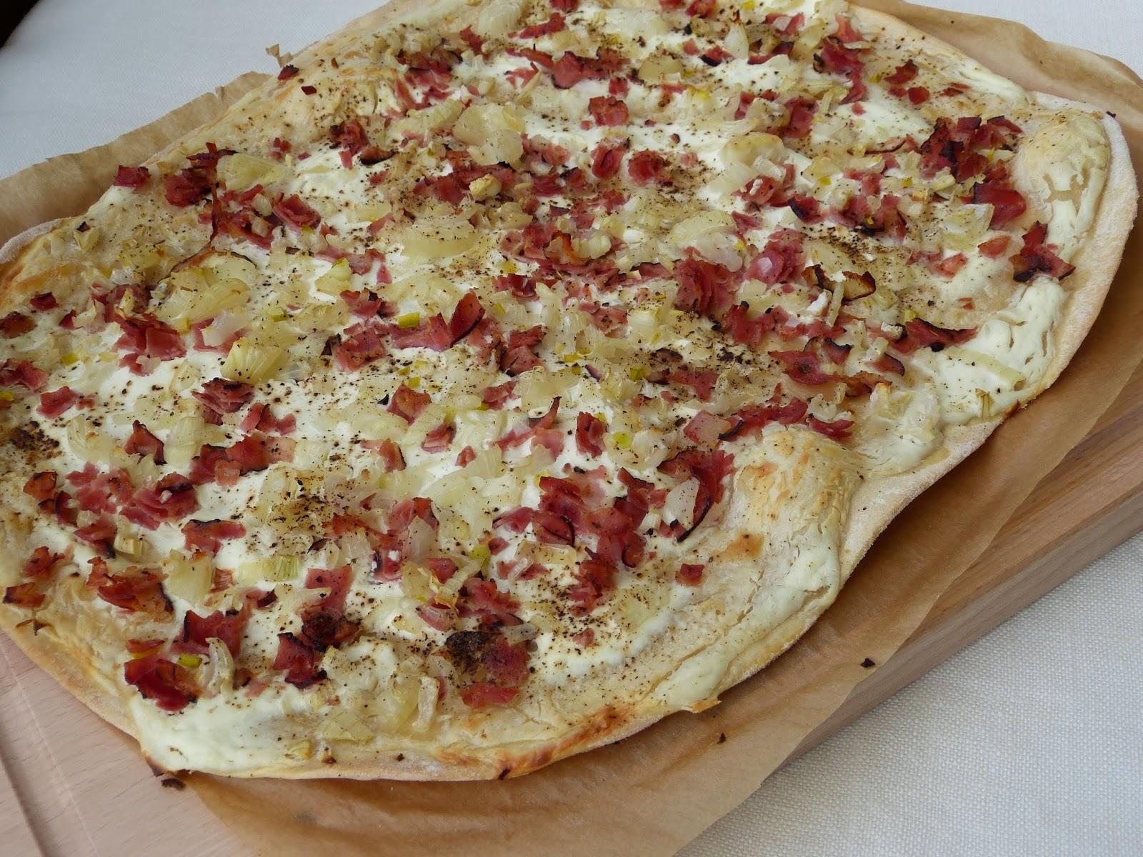Tarte flambée v Alsasku, Flammkuchen v Porýní: Skvělý slaný koláč k vínu