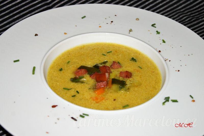 Hustá pórková polévka s uzeninou