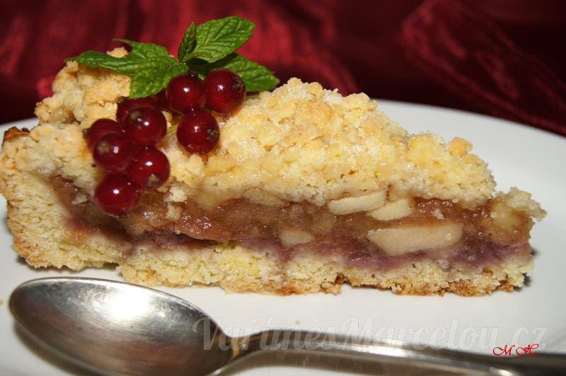 Vánoční drobenkový koláč s jablky
