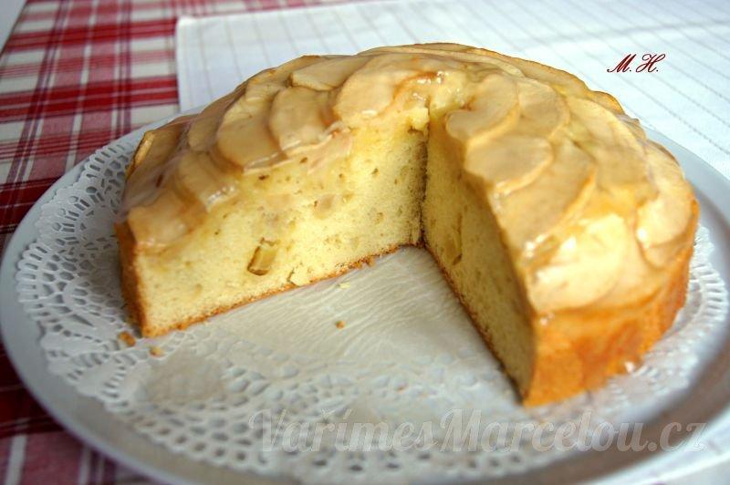 Jablkový dort s vanilkovým přelivem