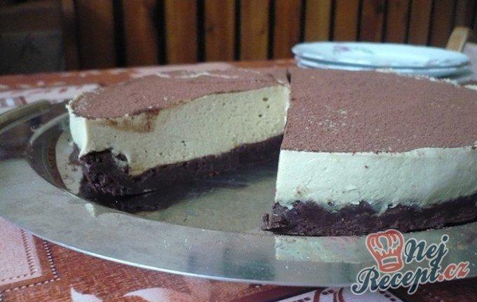 Čoko dort bez mouky s kávovou pěnou