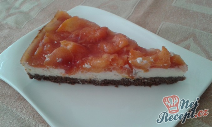 Nektarinkový cheesecake s brusinkami