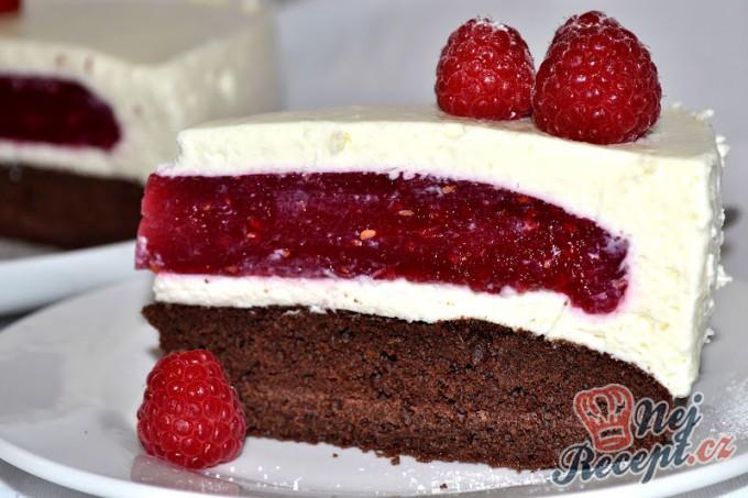 Pohádkový malinový dort