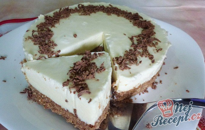 Fantastický nepečený dort z bílé čokolády