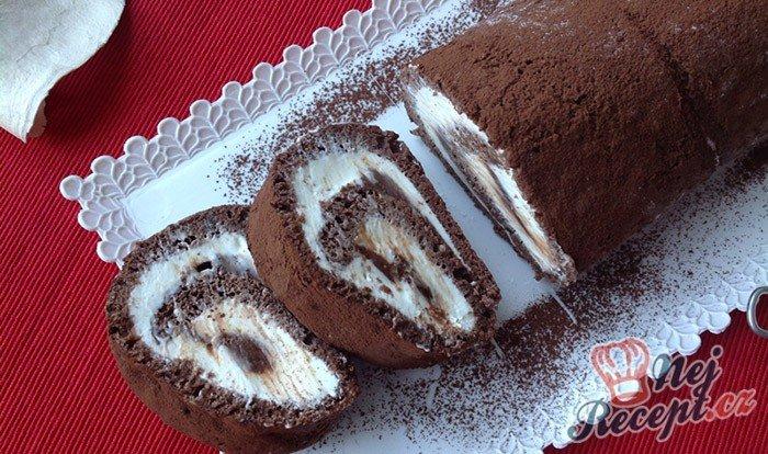 Kakaová roláda s tvarohem a čokoládou